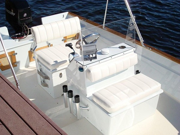 Console Skiff by Greg Mournahan-8