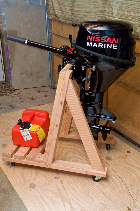 Build your own portable outboard motor stand.